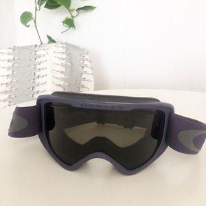 Oakley   Matte Purple O2 XM Ski Snowboard Goggles